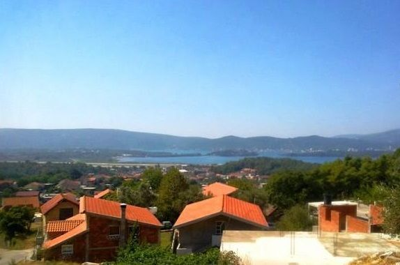 Земля в Тивате, Черногория, 1260 м2 - фото 1