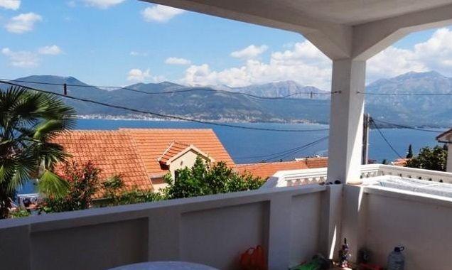 Отель, гостиница в Крашичах, Черногория, 140 м2 - фото 1