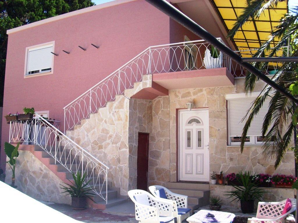 Дом в Сутоморе, Черногория, 208 м2 - фото 1