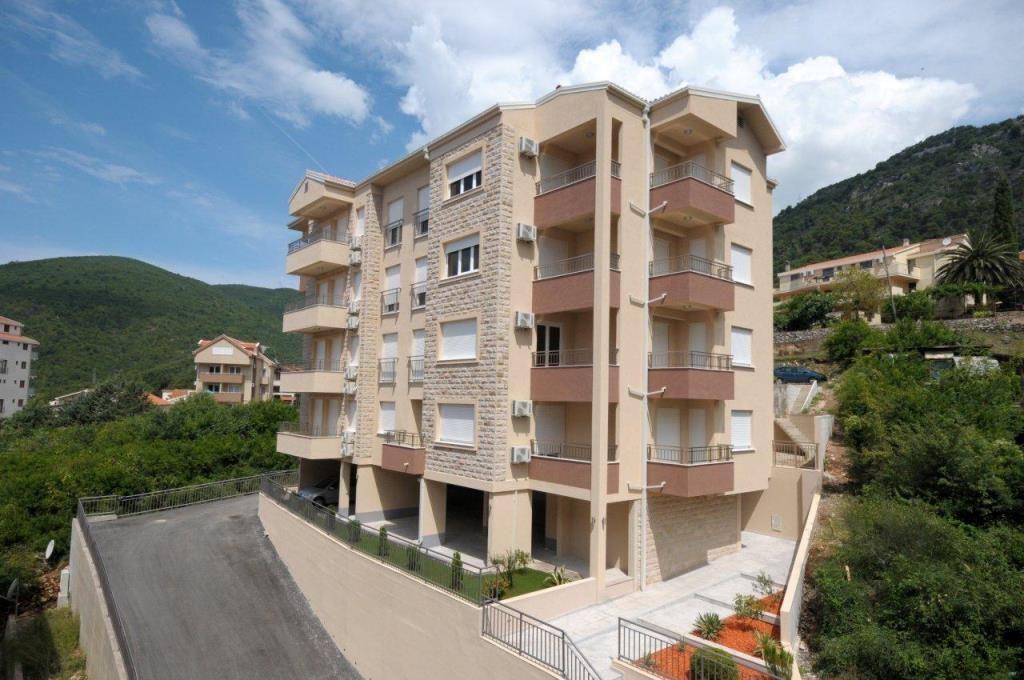 Квартира в Будве, Черногория, 32 м2 - фото 1