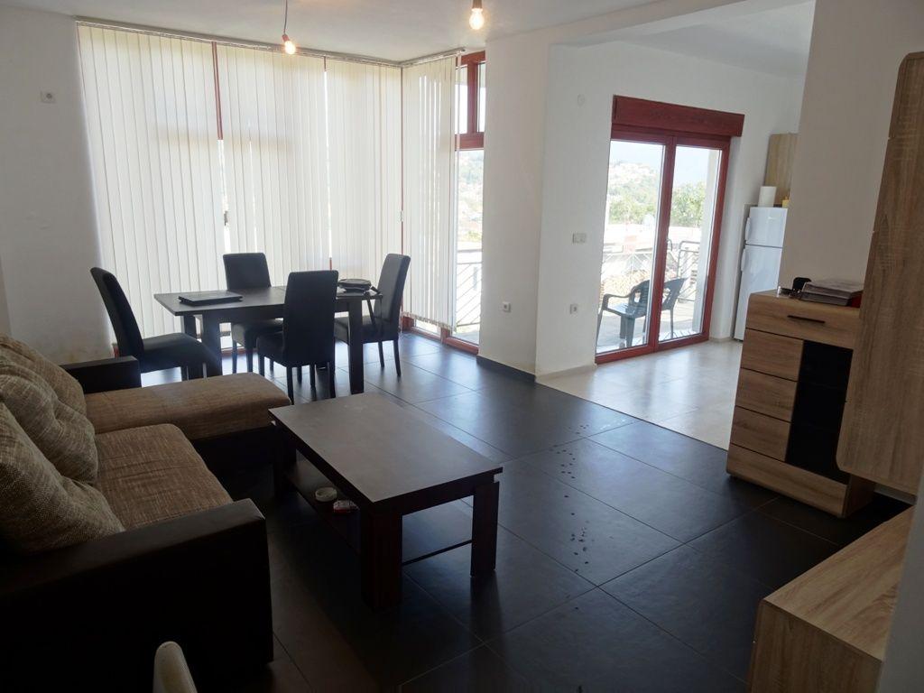 Квартира в Херцеге Нови, Черногория, 75 м2 - фото 1