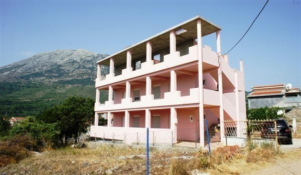 Отель, гостиница в Добра Воде, Черногория, 384 м2 - фото 1