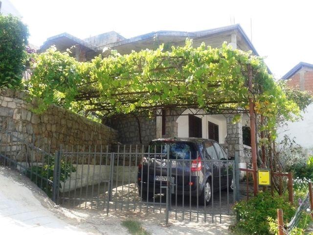 Дом в Крашичах, Черногория, 388 м2 - фото 1