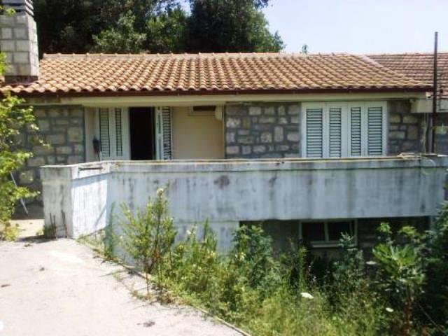 Квартира в Тивате, Черногория, 40 м2 - фото 1
