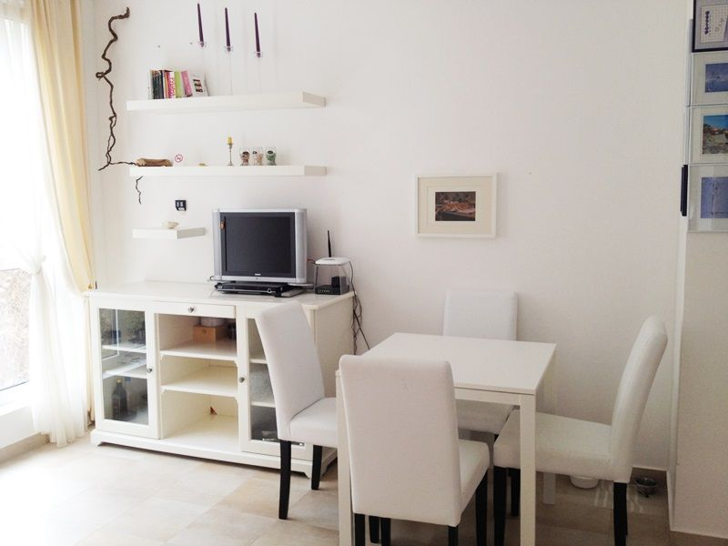 Квартира в Бечичи, Черногория, 25 м2 - фото 1