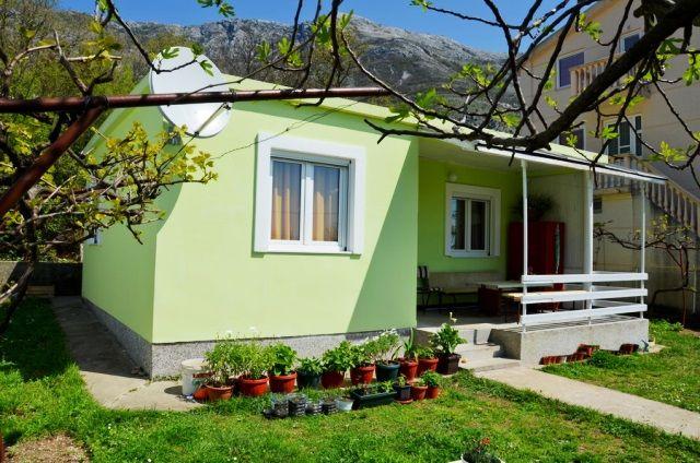 Дом в Сутоморе, Черногория, 50 м2 - фото 1