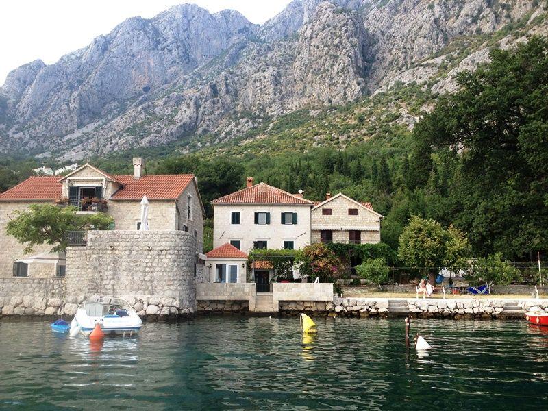 Купить виллу в черногории на первой линии моря