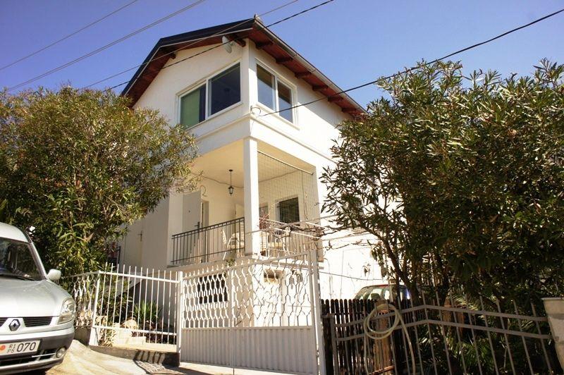 Дом в Утехе, Черногория, 197 м2 - фото 1