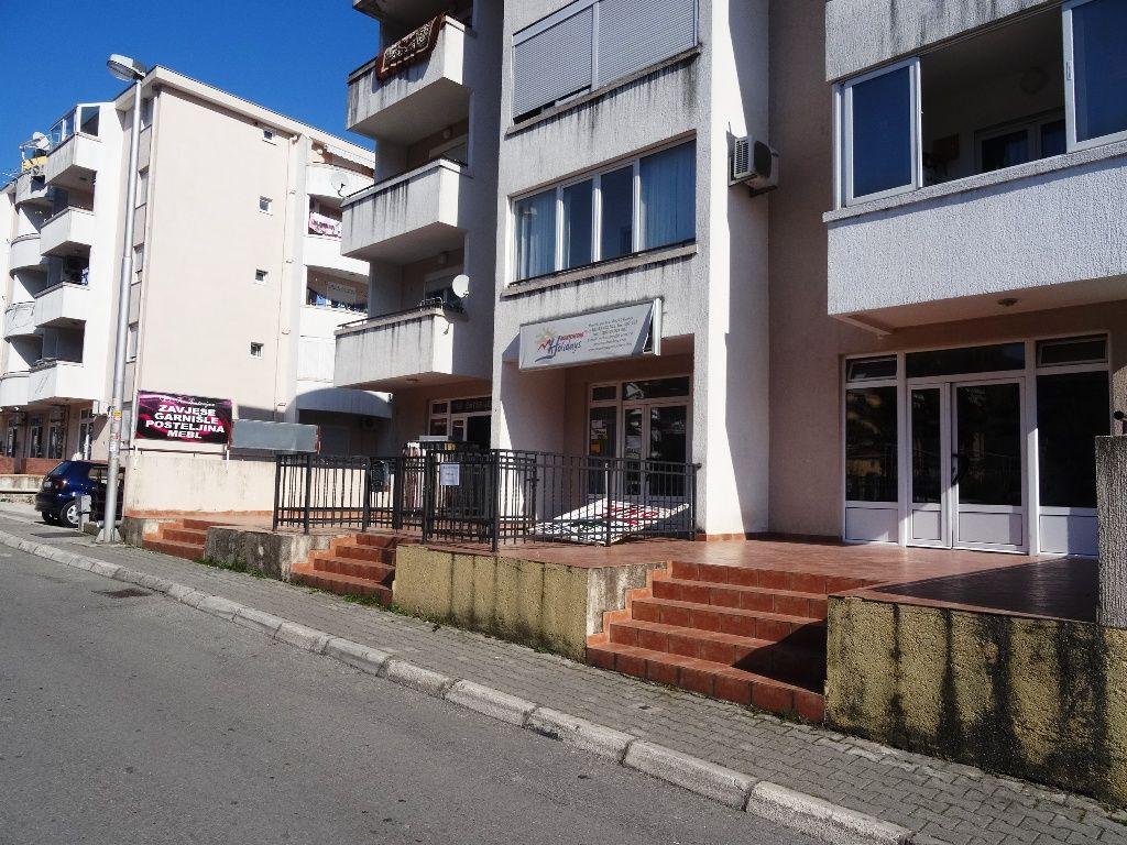 Отель, гостиница в Будве, Черногория, 37 м2 - фото 1
