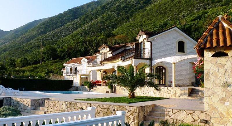 Вилла в Столиве, Черногория, 1119 м2 - фото 1
