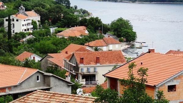 Квартира в Херцеге Нови, Черногория, 63 м2 - фото 1