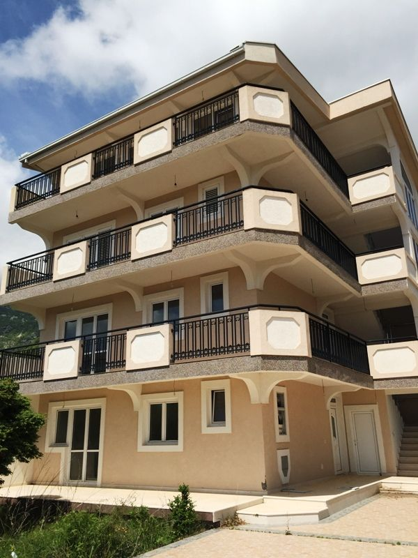 Отель, гостиница в Сутоморе, Черногория, 428 м2 - фото 1