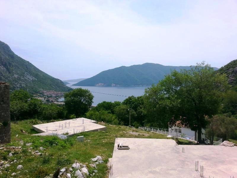 Земля в Рисане, Черногория, 750 м2 - фото 1