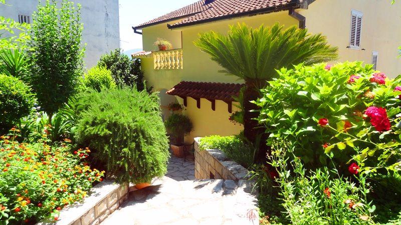 Дом в Херцеге Нови, Черногория, 306 м2 - фото 1