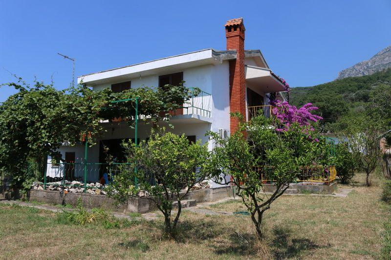 Дом в Баре, Черногория, 657 м2 - фото 1