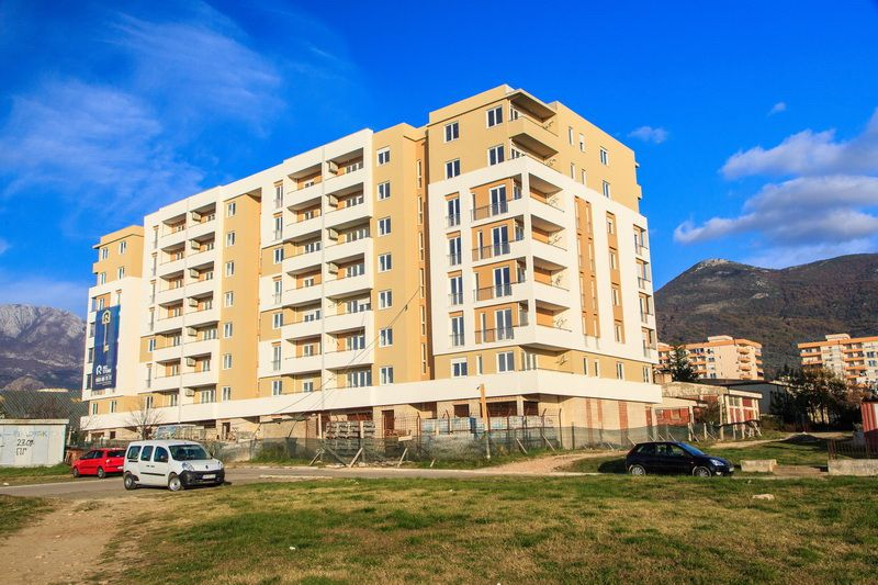 Квартира в Баре, Черногория, 47 м2 - фото 1