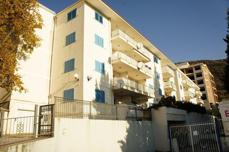 Квартира в Бечичи, Черногория, 85 м2 - фото 1
