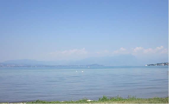 Вилла у озера Гарда, Италия - фото 1