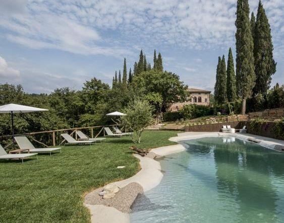 Отель, гостиница в Сиене, Италия - фото 1