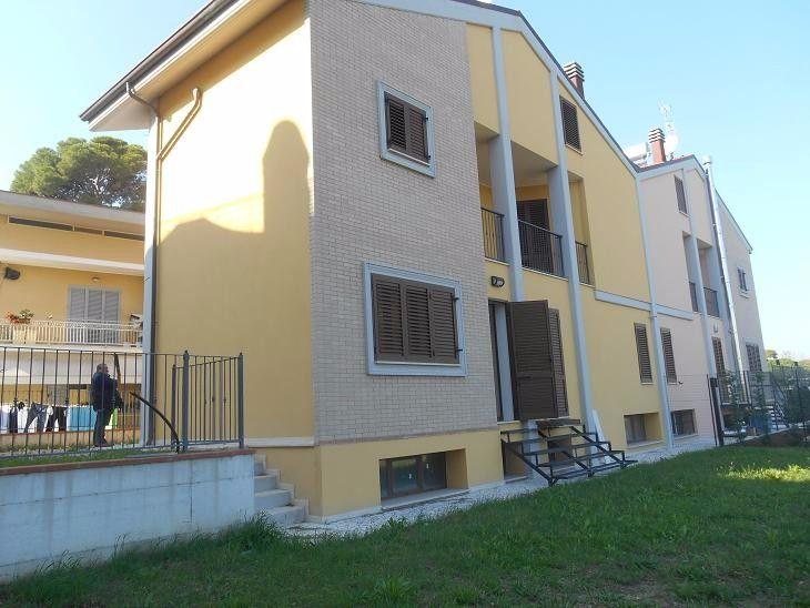 Вилла в Абруццо, Италия, 240 м2 - фото 1