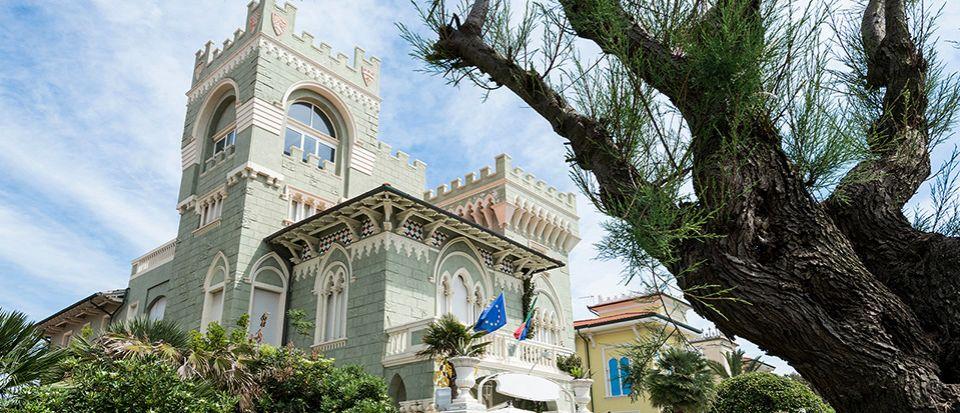 Отель, гостиница в Ливорно, Италия, 1050 м2 - фото 1