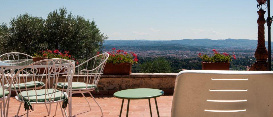 Отель, гостиница во Флоренции, Италия, 2225 м2 - фото 1