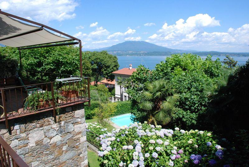 Квартира у озера Маджоре, Италия, 80 м2 - фото 1