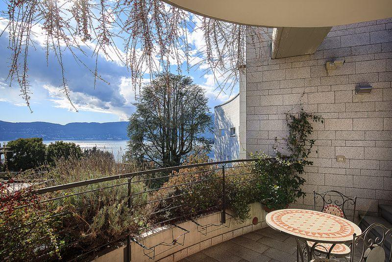 Квартира у озера Маджоре, Италия, 127 м2 - фото 1