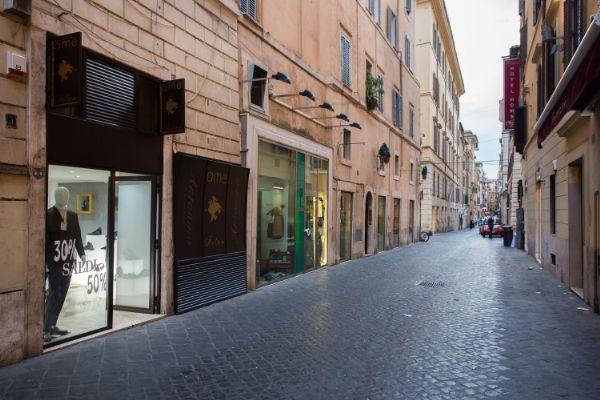Коммерческая недвижимость в Лацио, Италия, 80 м2 - фото 1