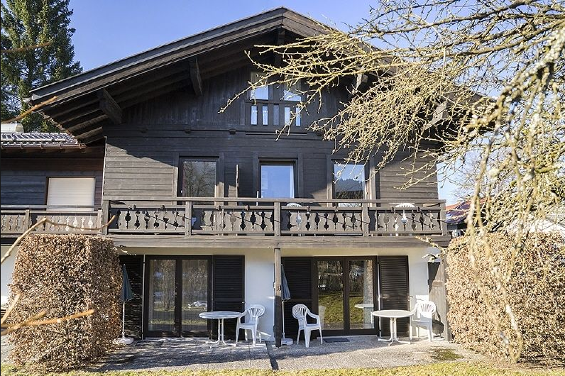 Дом в Гармиш-Партенкирхене, Германия, 196 м2 - фото 1