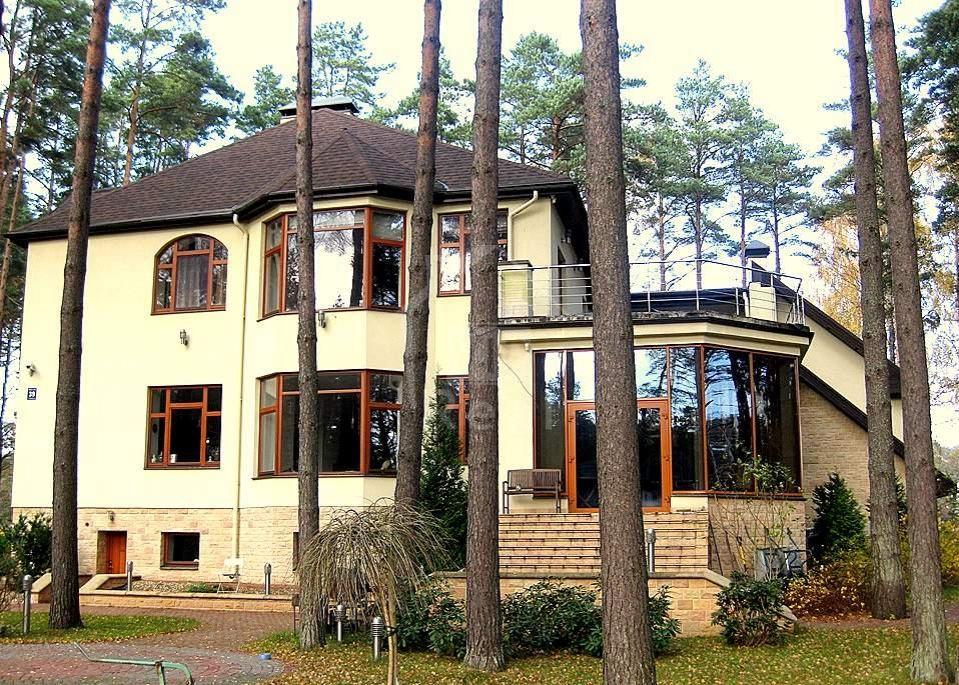 Дом в Юрмале, Латвия, 3600 м2 - фото 1