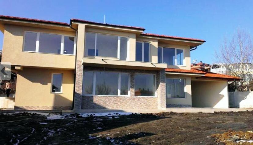 Дом в Варне, Болгария, 594 м2 - фото 1