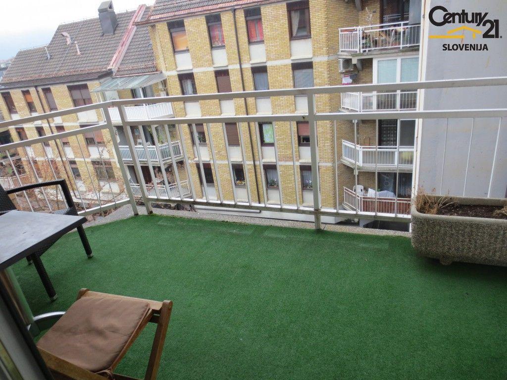 Квартира в Мариборе, Словения, 86.8 м2 - фото 1