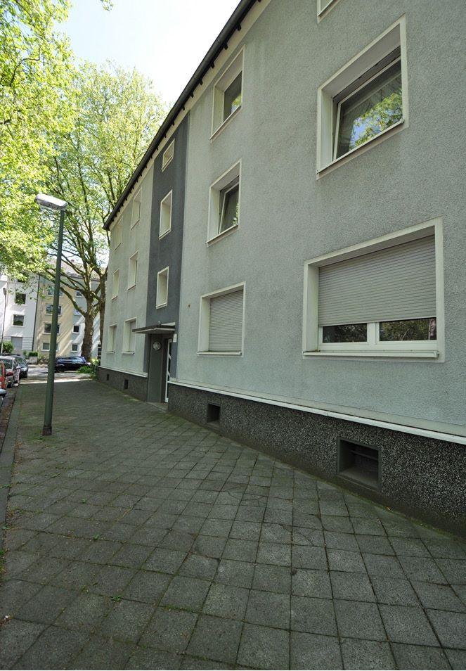 Доходный дом в земле Северный Рейн-Вестфалия, Германия, 620 м2 - фото 1