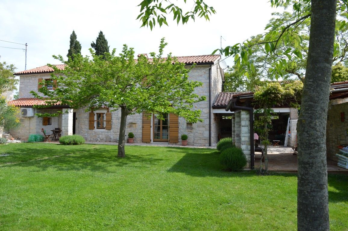 Дом в Светвинченате, Хорватия, 1000 м2 - фото 1