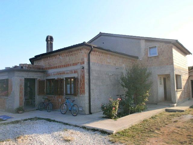 Дом в Пуле, Хорватия, 260 м2 - фото 1