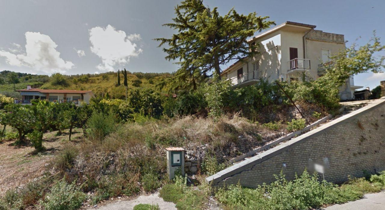 Дом в Абруццо, Италия, 100 м2 - фото 1