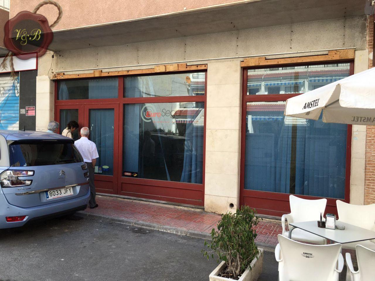 Офис в Аликанте, Испания, 130 м2 - фото 1
