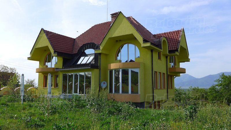 Дом в Стара Загоре, Болгария, 1380 м2 - фото 1
