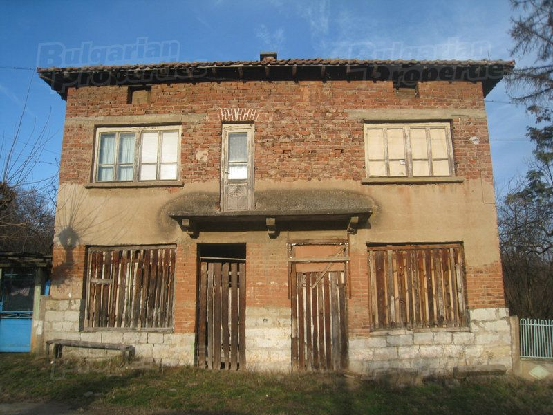 Дом в Монтане, Болгария, 150 м2 - фото 1