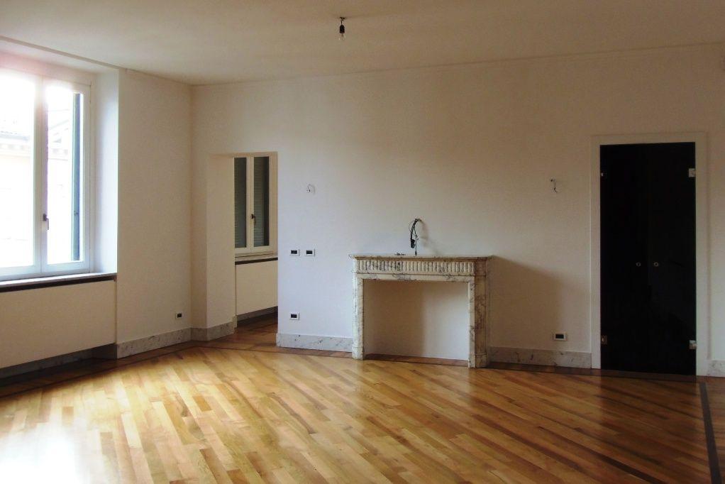 Апартаменты в Милане, Италия, 250 м2 - фото 1