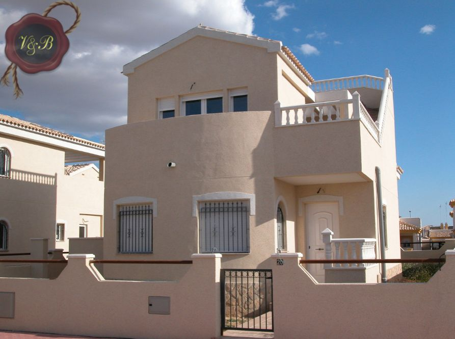 Коттедж в Аликанте, Испания, 130 м2 - фото 1