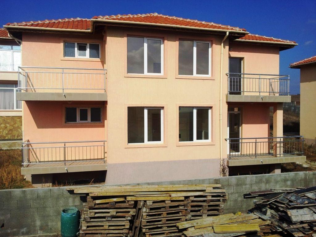 Дом в Бургасской области, Болгария, 270 м2 - фото 1