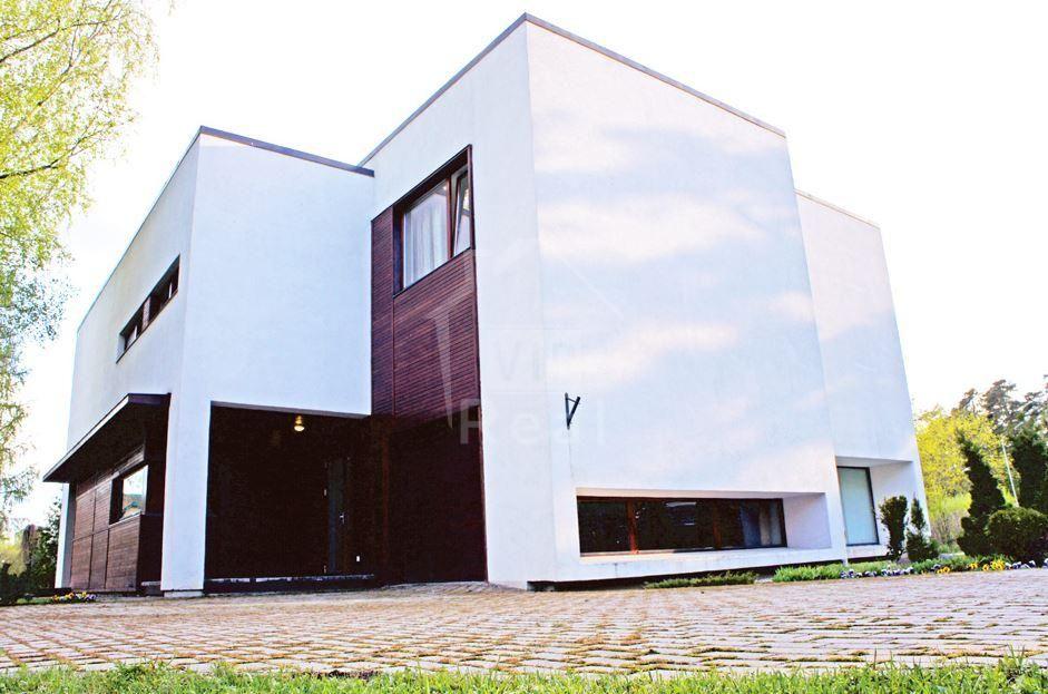 Дом в Юрмале, Латвия, 1143 м2 - фото 1