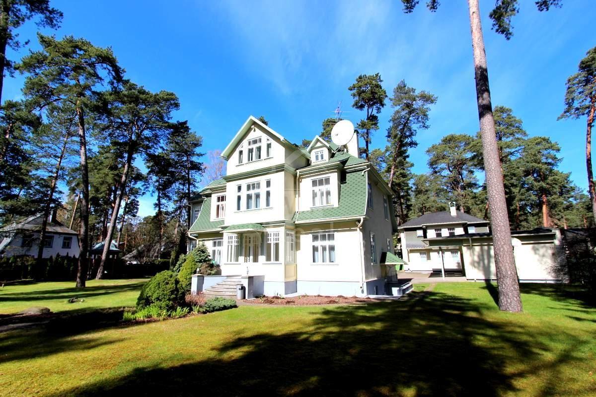 Дом в Юрмале, Латвия, 2700 м2 - фото 1
