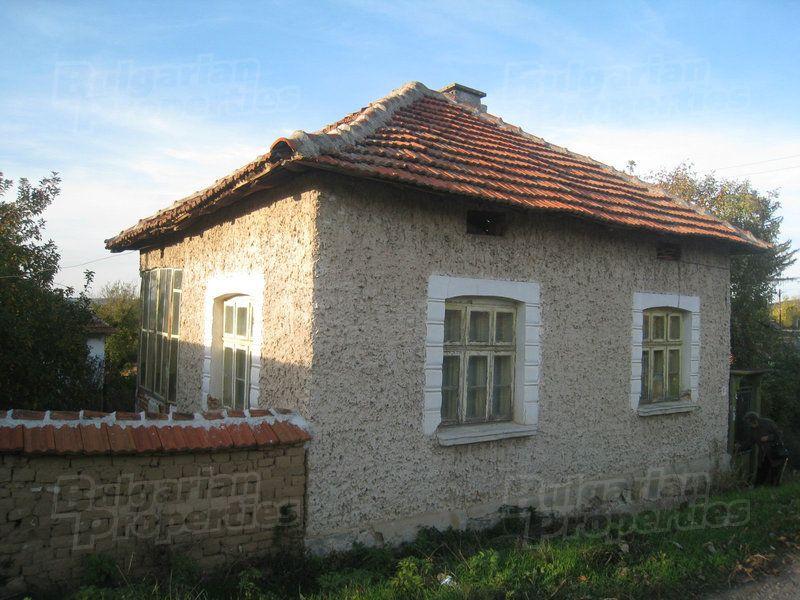 Дом в Монтане, Болгария, 2100 м2 - фото 1