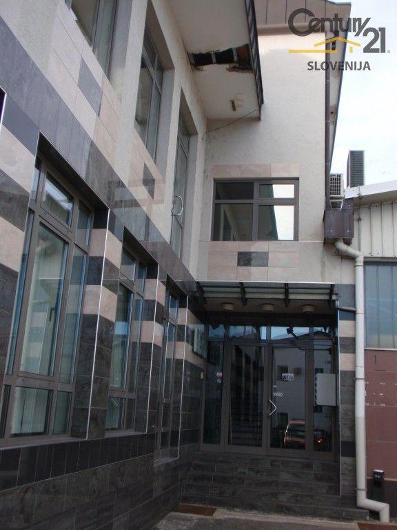 Коммерческая недвижимость в Мариборе, Словения, 1215.9 м2 - фото 2