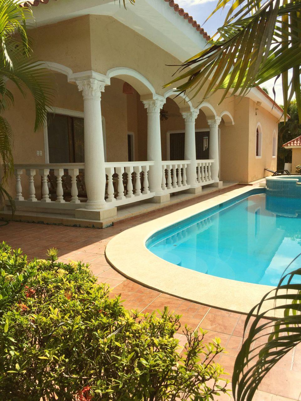 Вилла в Кабарете, Доминиканская Республика, 865 м2 - фото 1