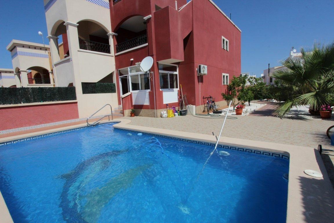 Дом в Ориуэла Коста, Испания, 86 м2 - фото 1