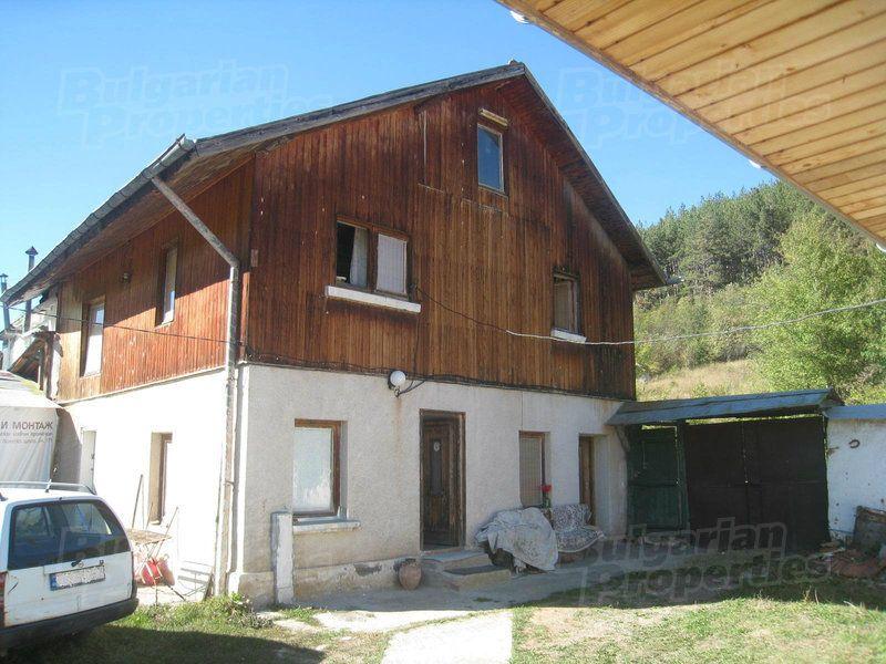 Дом в Софии, Болгария, 1280 м2 - фото 1